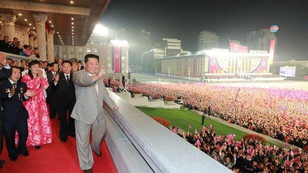 5605860_0_North-Korea-leader-Kim-Jong-Un-attends-a-paramilitary-parade-held-to-mark-the-founding-anniversary-o