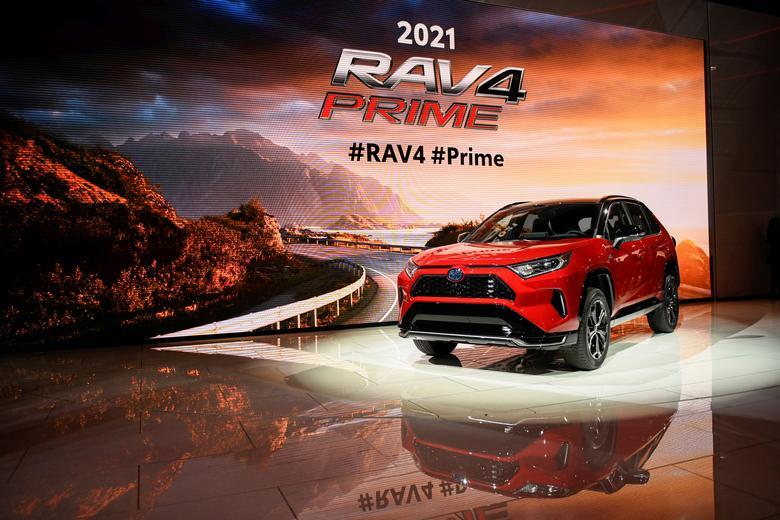 27 هیبریدی تویوتا مدل  Rav 4 Prime