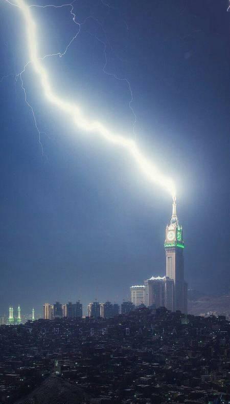 برج ساعت مکه-صاعقه