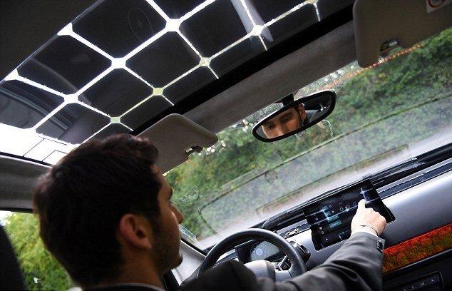 پایگاه خبری آرمان اقتصادی 3 خودرویی با سقف خورشیدی + تصاویر
