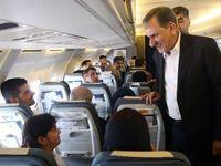 تبریک نوروزی جهانگیری به مسافران پرواز تهران-کرمان +تصاویر