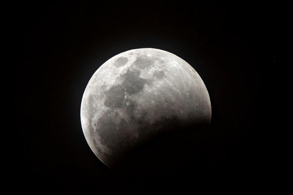 ناسا روشهای گوناگون بازگشت به ماه را بررسی میکند