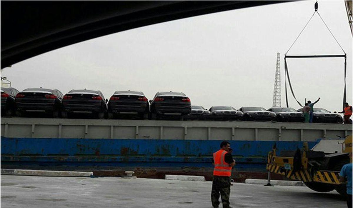 ورود محموله کشتی BMW X۴ به ایران +عکس