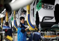 کرونا چند خودروساز دنیا را تعطیل کرد؟