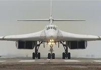 روسیه دو بمب افکن با قابلیت حمل سلاح هستهای به ونزوئلا داد