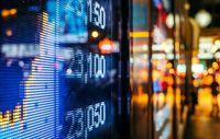 تدوین برنامه ویژه، کلیدی برای ماندگاری نقدینگی در بازار سرمایه/ افزایش قیمت جهانی نفت زمینهای برای اقبال سهامداران به صنایع پالایشگاهی