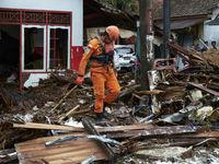 سونامی مرگبار در اندونزی +تصاویر