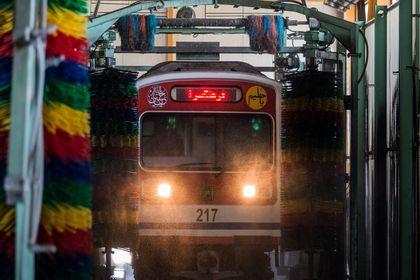 مترو کجا تمیز میشود؟