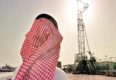 بلومبرگ: عربستان صادرات نفت خود را به شدت کاه