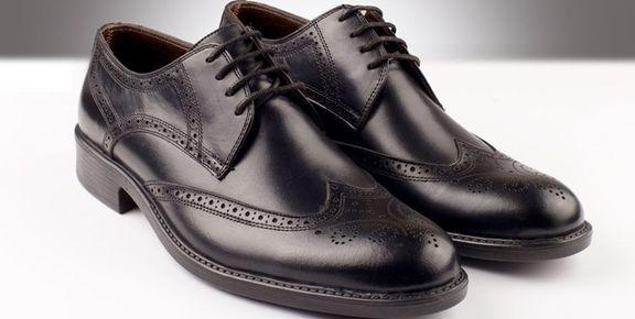 قاچاق کفش ۲۵ برابر واردات قانونی!
