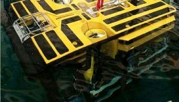 ربات ارزیاب سانچی به زیر آب منتقل شد