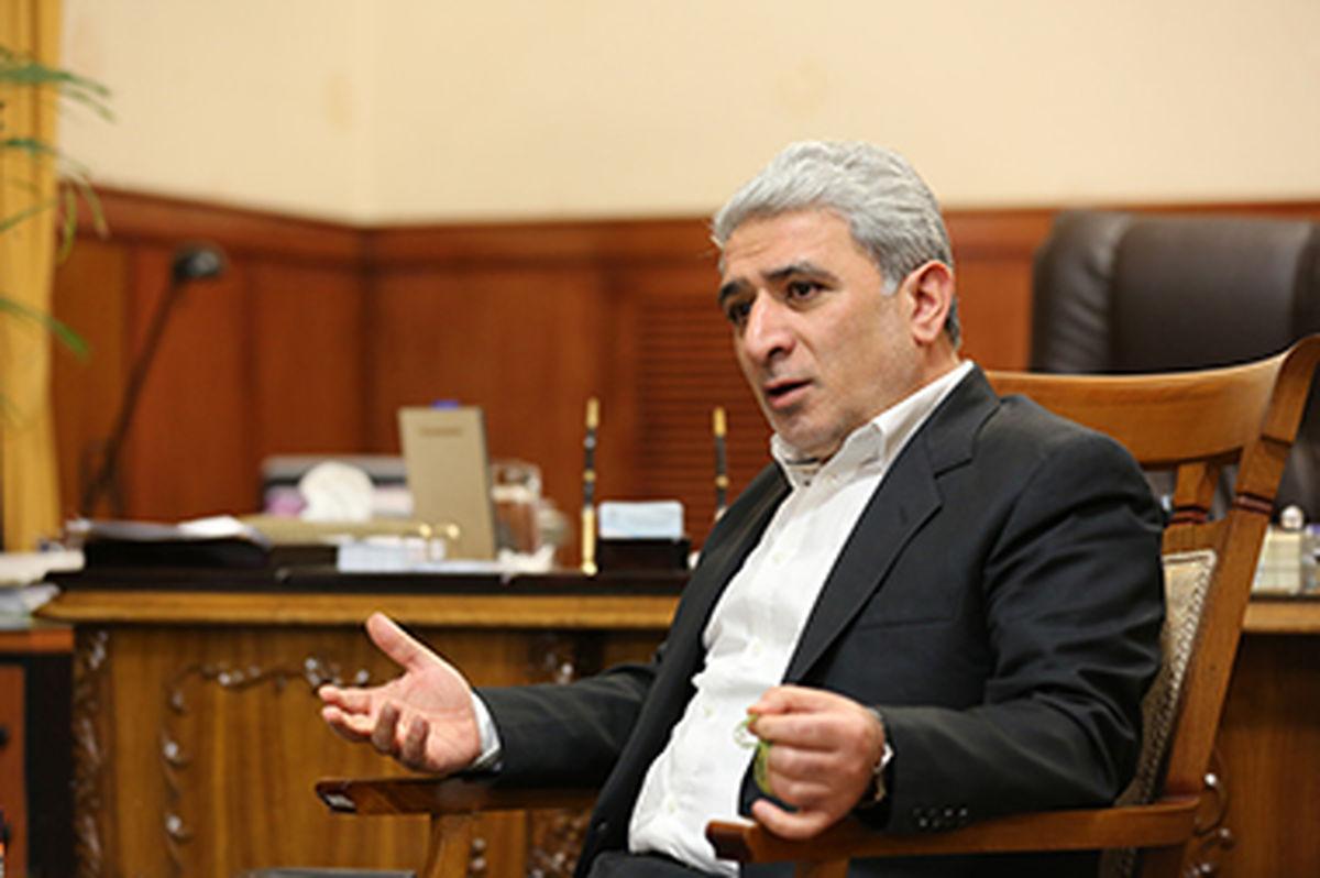 بانک ملّی ایران، همپای دولت برای تنظیم بازار