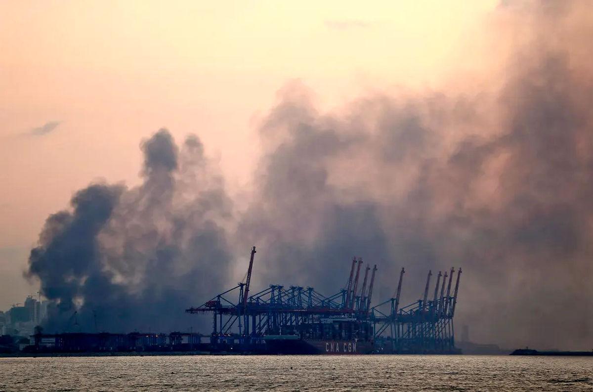 نخست وزیر لبنان عاملان انفجار بیروت را تهدید کرد