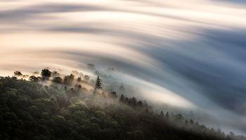 دریای ابرها در عکس روز نشنال جئوگرافیک +عکس