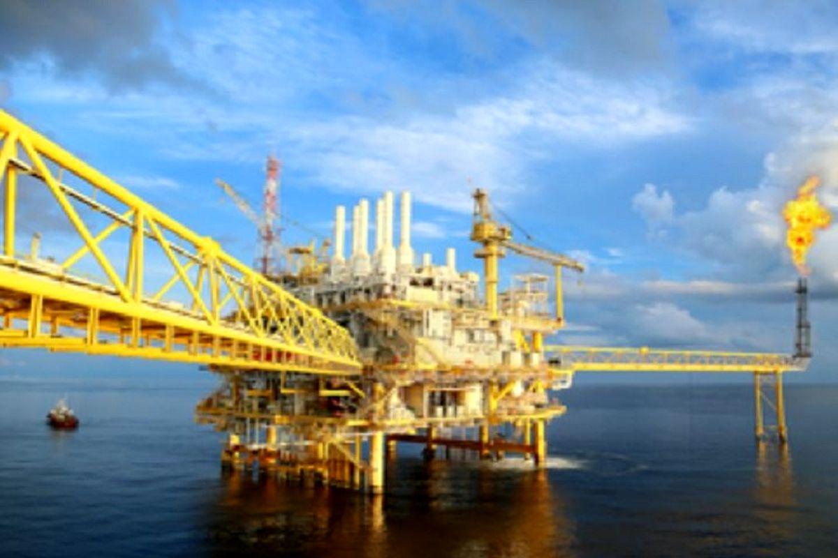 رکورد بهای نفت اقتصاد آمریکا را با چالش مواجه کرد