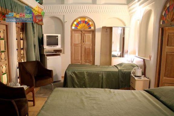 نرخ هتلها بر مبنای ریال تعیین میشود