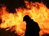 آتش سوزی یک مجتمع تجاری در خیابان خیام