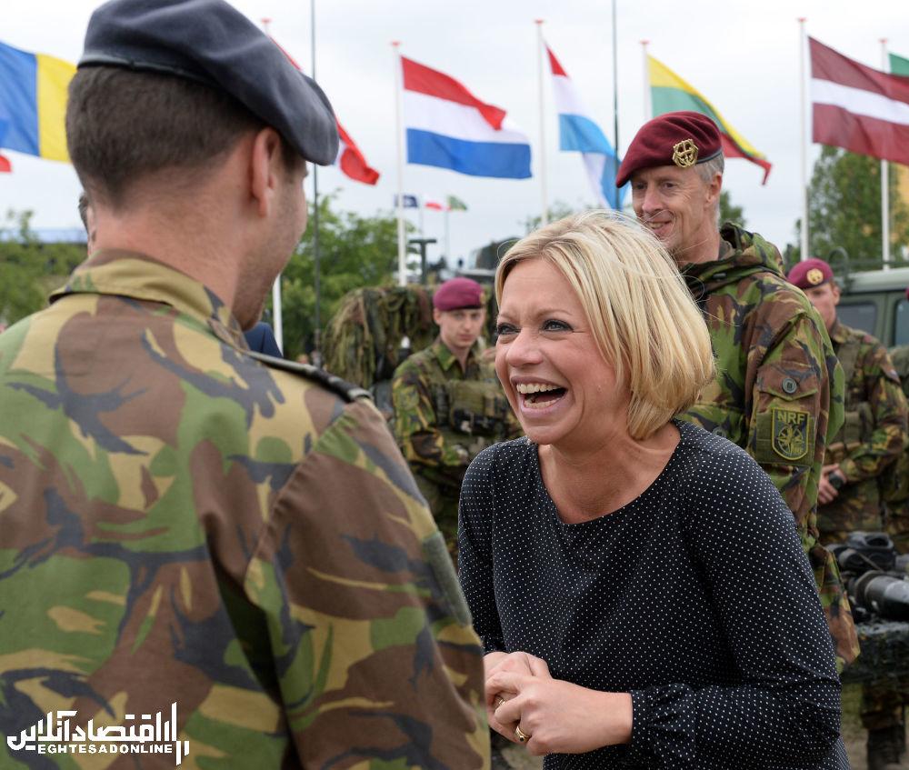 وزیر دفاع هلند