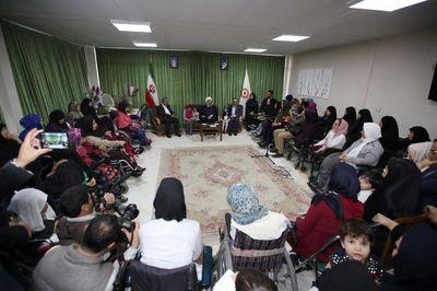 رییس جمهوری در مجتمع توانبخشی شهدای هفتم تیر +عکس