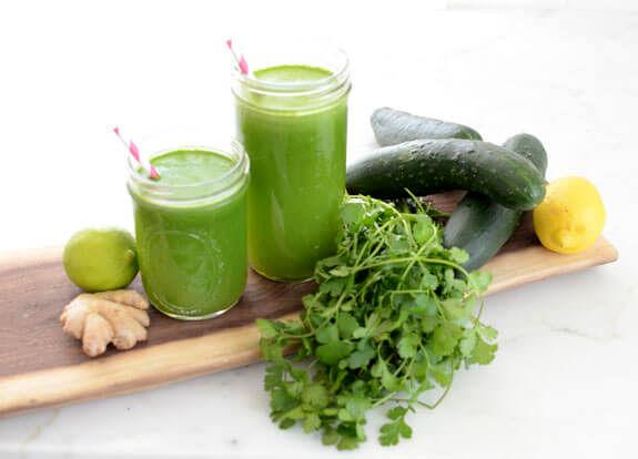 کاهش چربیهای شکم با کمک خیار