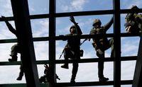 نبرد صلحآمیز ارتشهای جهان +تصاویر