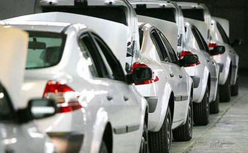 صنعت خودروی ایران انحصاری نیست