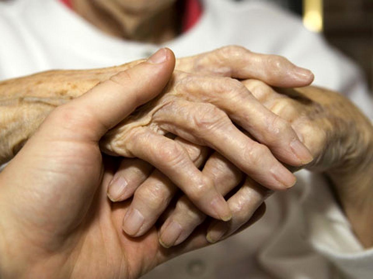 حذف داروی حیاتی ۷هزار بیمار پوکی استخوان از لیست بیمهها