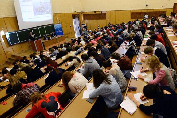 حساب دانشجویان ایرانی در روسیه بسته نشده است