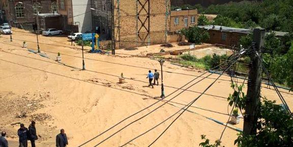 تخریب یک منزل و آبگرفتگی ۱۰منزل مسکونی در کلات