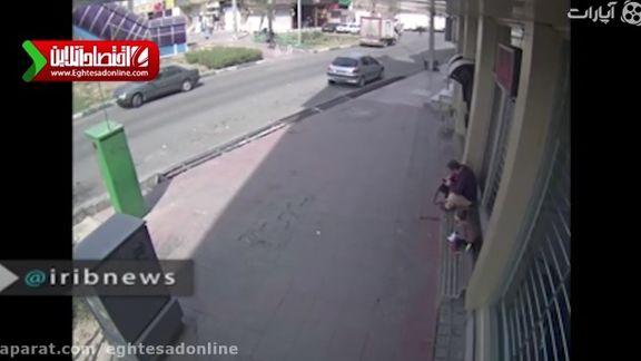 دزدی گوشی موبایل از قاب دوربین مداربسته +فیلم