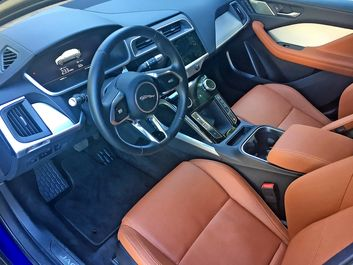 پایگاه خبری آرمان اقتصادی 2019-Jaguar-I-Pace-EV400-Blue-4 نگاهی به هاچبک شارژی جگوار +تصاویر