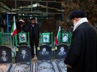 رهبر انقلاب، یاد بنیانگذار و شهدای انقلاب را گرامی داشتند +عکس