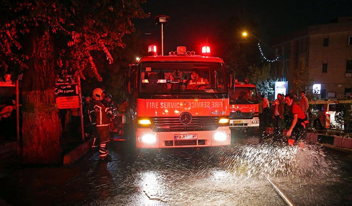 آتش سوزی در خوابگاه دختران سعادت آباد!
