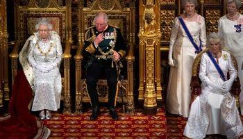 گشایش پرحاشیه پارلمان انگلیس +تصاویر