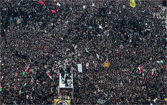 مردم تهران در انتظار حاج قاسم و همرزمان شهیدش