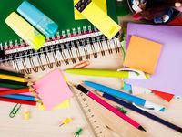 توزیع دفاتر دانشآموزی با نرخ دولتی آغاز شد