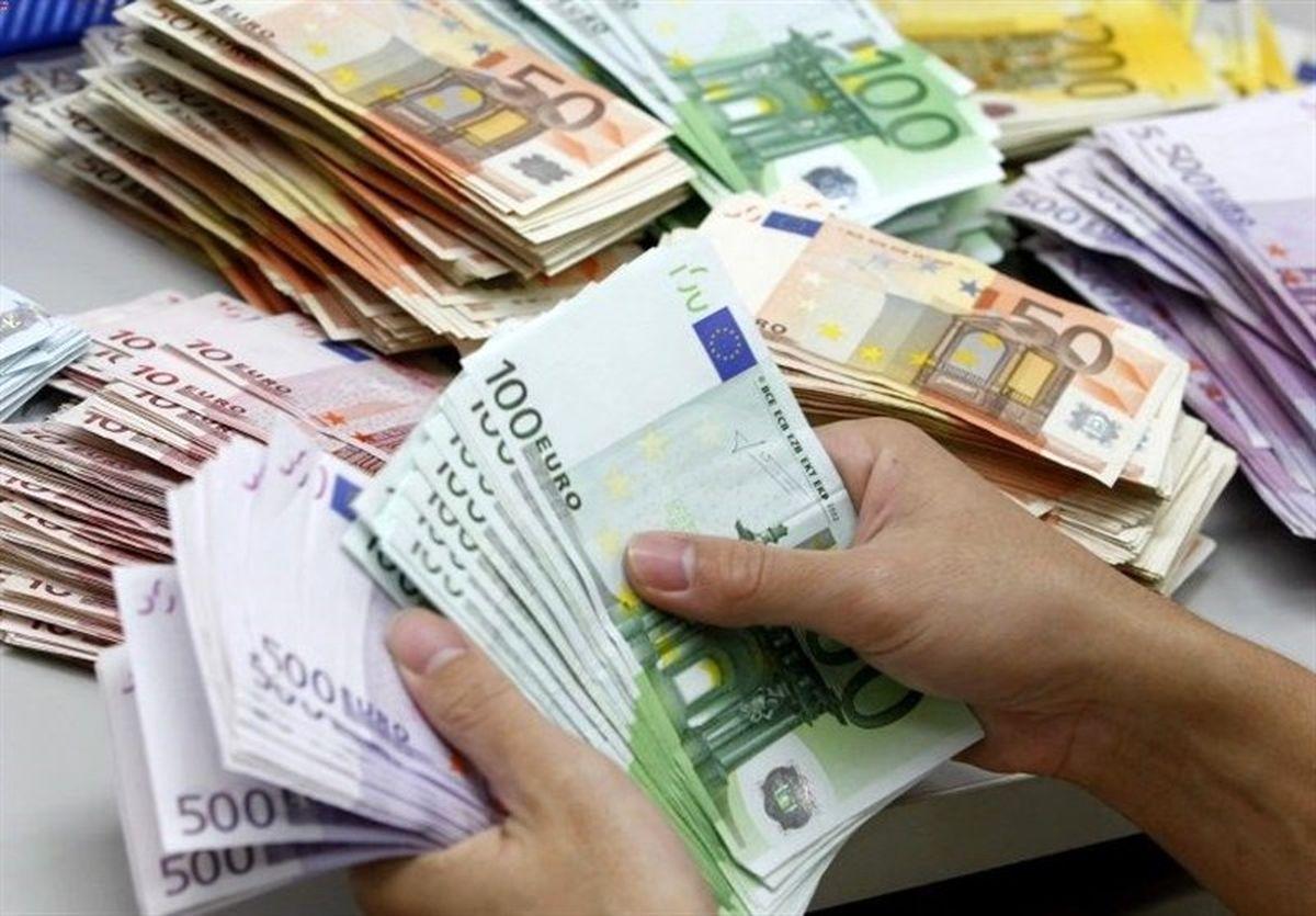 رابطهای بین نرخ ارز و نقدینگی وجود ندارند
