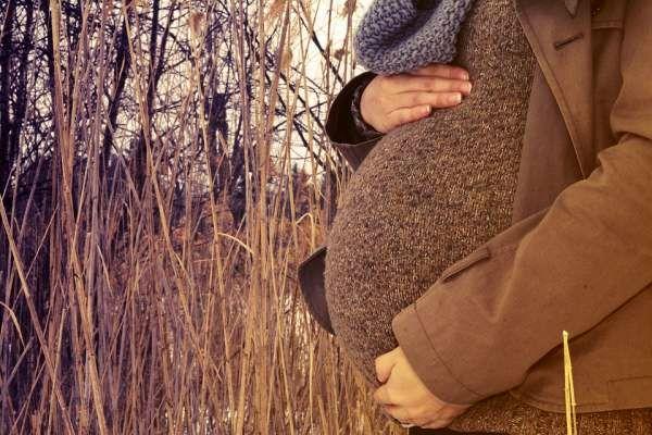 تیر کشیدن ناف در اوایل بارداری