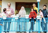 خانواده ۸ نفره ای که دل به دریا زدند!