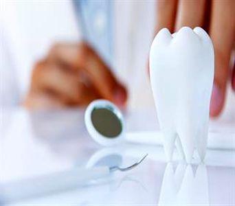راههای برطرف کردن لکههای سفید از دندان