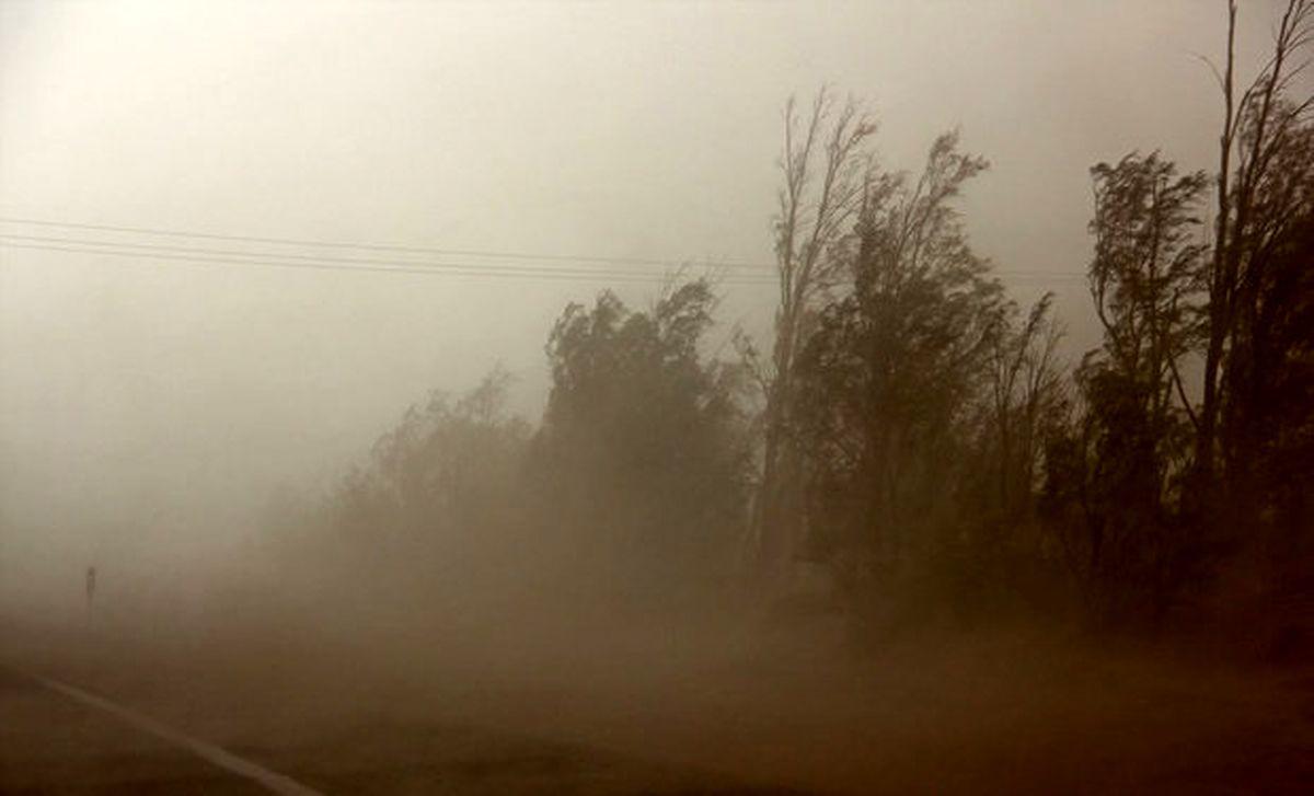 باد شدید و گرد و خاک در برخی استان ها