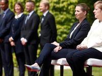 مرکل «نشسته» از نخستوزیر دانمارک استقبال کرد! +تصاویر