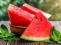خوردن هندوانه در روزهای گرم تابستان را فراموش نکنید