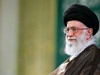 رهبر انقلاب بر پیکر آیتالله هاشمیشاهرودی اقامه نماز میکنند