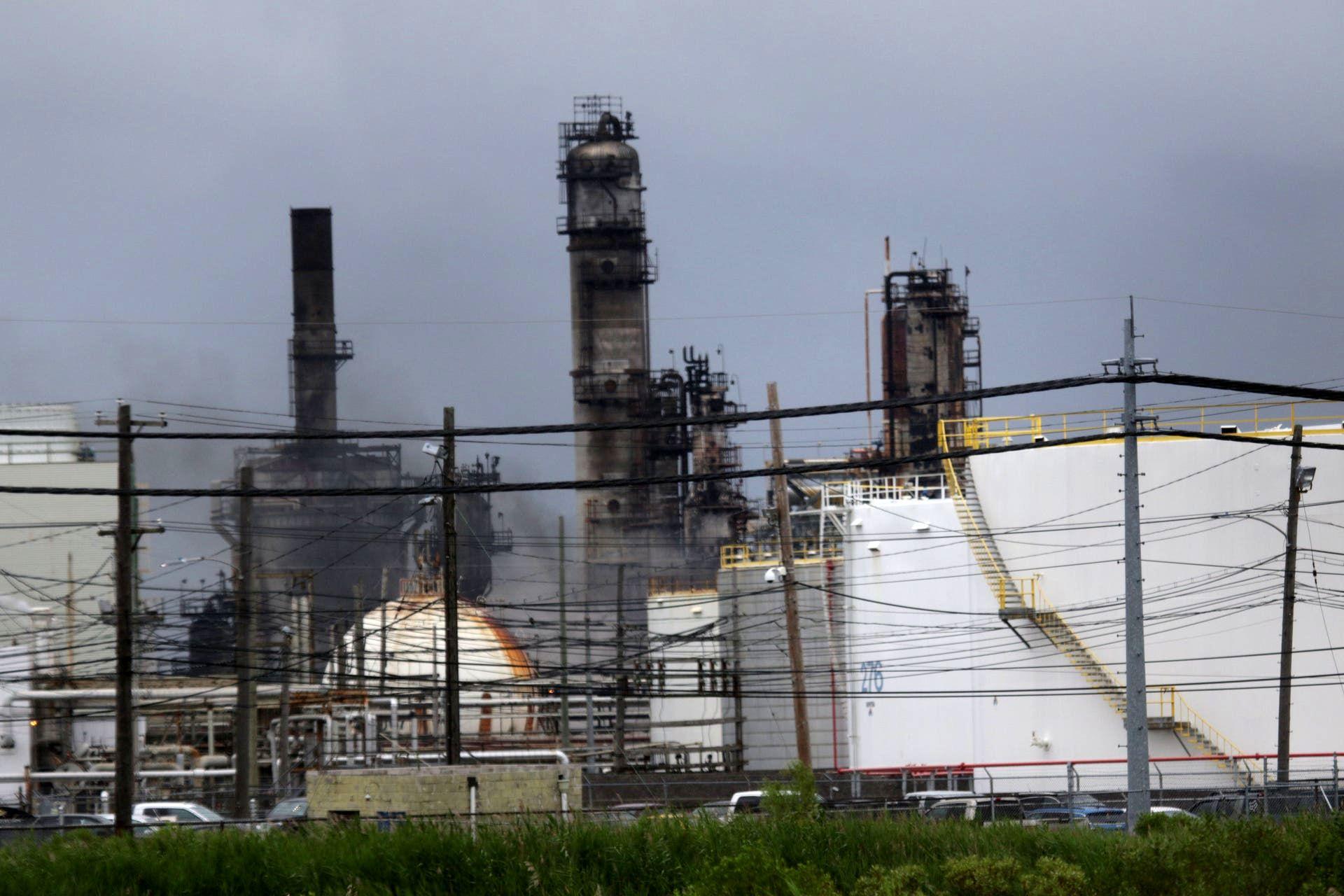 انفجار پالایشگاه نفت در فیلادلفیا