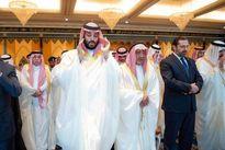 حریری نماز عید را در کنار شاه سعودی اقامه کرد +عکس