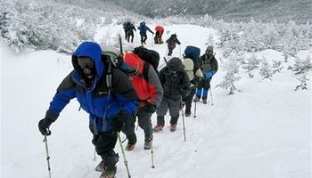 خوردن برف موجب رفع تشنگی کوهنوردان میشود؟