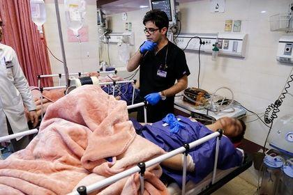 جراحی مصدومان واژگونی اتوبوس دانشگاه +تصاویر