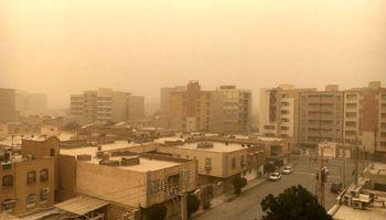 گرد و غبار در مناطق شرقی کشور