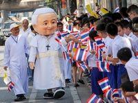 استقبال تایلندیها از پاپ +تصاویر